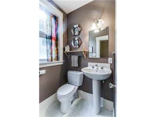"""Photo 11: 941 E 62ND Avenue in Vancouver: South Vancouver House for sale in """"SOUTH VANCOUVER"""" (Vancouver East)  : MLS®# V1126394"""
