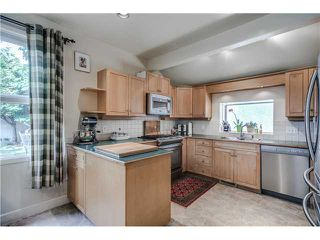 """Photo 6: 941 E 62ND Avenue in Vancouver: South Vancouver House for sale in """"SOUTH VANCOUVER"""" (Vancouver East)  : MLS®# V1126394"""