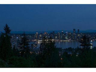 Photo 17: 354 TEMPE Crescent in NORTH VANC: Upper Lonsdale House for sale (North Vancouver)  : MLS®# V1134623
