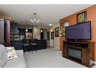 "Photo 8: 606 7225 ACORN Avenue in Burnaby: Highgate Condo for sale in ""Axis"" (Burnaby South)  : MLS®# V1142352"