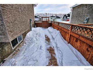 Photo 18: 333 Rosybloom Lane in ILEDESCH: Glenlea / Ste. Agathe / St. Adolphe / Grande Pointe / Ile des Chenes / Vermette / Niverville Residential for sale (Winnipeg area)  : MLS®# 1603010