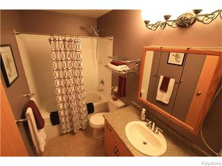 Photo 11: 333 Rosybloom Lane in ILEDESCH: Glenlea / Ste. Agathe / St. Adolphe / Grande Pointe / Ile des Chenes / Vermette / Niverville Residential for sale (Winnipeg area)  : MLS®# 1603010