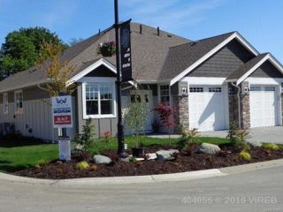 Photo 1: 17 2991 North Beach Dr in CAMPBELL RIVER: CR Campbell River North Row/Townhouse for sale (Campbell River)  : MLS®# 723870