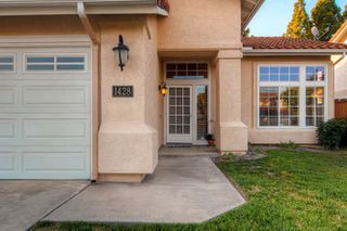 Photo 3: ENCINITAS House for sale : 4 bedrooms : 1428 Wildmeadow