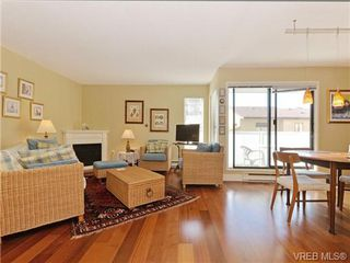 Photo 2: 216 1366 Hillside Avenue in VICTORIA: Vi Oaklands Condo Apartment for sale (Victoria)  : MLS®# 369414