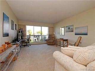 Photo 2: 309 25 Government St in VICTORIA: Vi James Bay Condo for sale (Victoria)  : MLS®# 741219