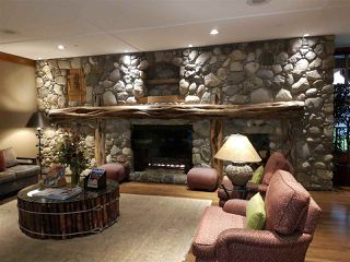 """Photo 2: 204-A 2036 LONDON Lane in Whistler: Whistler Creek Condo for sale in """"The Legends"""" : MLS®# R2117755"""