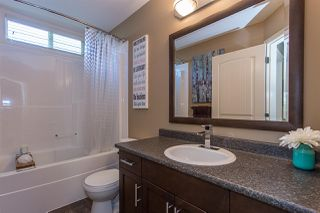 """Photo 12: 17 36169 LOWER SUMAS MOUNTAIN Road in Abbotsford: Abbotsford East Townhouse for sale in """"Junction Creek"""" : MLS®# R2158498"""