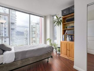 "Photo 16: 1705 1211 MELVILLE Street in Vancouver: Coal Harbour Condo for sale in ""THE RITZ"" (Vancouver West)  : MLS®# R2173539"