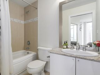 "Photo 17: 1705 1211 MELVILLE Street in Vancouver: Coal Harbour Condo for sale in ""THE RITZ"" (Vancouver West)  : MLS®# R2173539"