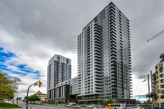 "Photo 1: 2608 5515 BOUNDARY Road in Vancouver: Collingwood VE Condo for sale in ""WALL CENTRE CENTRAL PARK"" (Vancouver East)  : MLS®# R2179438"