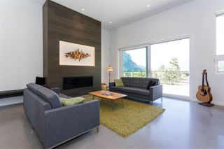 "Photo 4: 2186 WINDSAIL Place in Squamish: Plateau House for sale in ""Crumpit Woods"" : MLS®# R2201089"