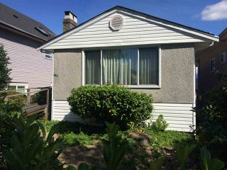 Photo 1: 2511 E 29TH Avenue in Vancouver: Collingwood VE House for sale (Vancouver East)  : MLS®# R2205437