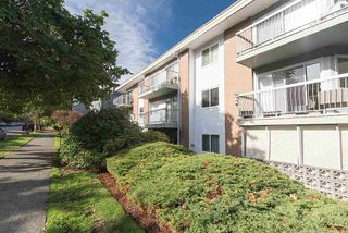 "Photo 15: 105 2335 YORK Avenue in Vancouver: Kitsilano Condo for sale in ""YORKDALE VILLA"" (Vancouver West)  : MLS®# R2215040"