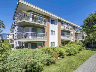"Photo 2: 105 2335 YORK Avenue in Vancouver: Kitsilano Condo for sale in ""YORKDALE VILLA"" (Vancouver West)  : MLS®# R2215040"