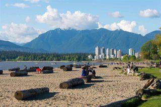 "Photo 16: 105 2335 YORK Avenue in Vancouver: Kitsilano Condo for sale in ""YORKDALE VILLA"" (Vancouver West)  : MLS®# R2215040"