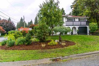 Photo 3: 34695 MILA Street in Abbotsford: Abbotsford East House for sale : MLS®# R2215307