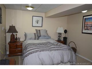 Photo 8: 28 HALIBURTON Crescent in Red Deer: RR Highland Green Residential for sale : MLS®# CA0053277