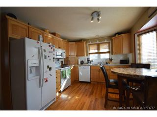 Photo 13: 28 HALIBURTON Crescent in Red Deer: RR Highland Green Residential for sale : MLS®# CA0053277