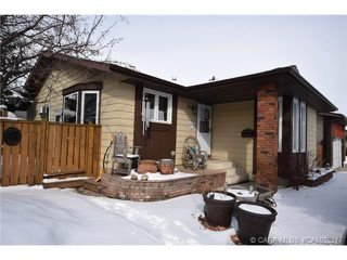 Photo 11: 28 HALIBURTON Crescent in Red Deer: RR Highland Green Residential for sale : MLS®# CA0053277