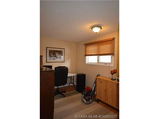 Photo 17: 28 HALIBURTON Crescent in Red Deer: RR Highland Green Residential for sale : MLS®# CA0053277
