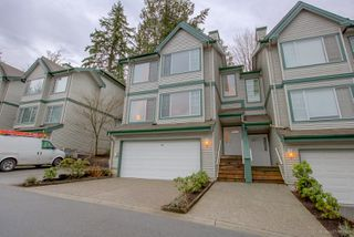 "Photo 3: 4 7465 MULBERRY Place in Burnaby: The Crest Townhouse for sale in ""SUNRIDGE"" (Burnaby East)  : MLS®# R2233606"