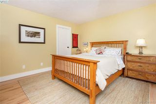 Photo 10: 22 4140 Interurban Road in VICTORIA: SW Strawberry Vale Townhouse for sale (Saanich West)  : MLS®# 388613