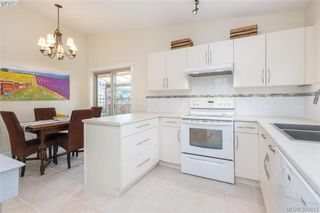 Photo 8: 22 4140 Interurban Road in VICTORIA: SW Strawberry Vale Townhouse for sale (Saanich West)  : MLS®# 388613