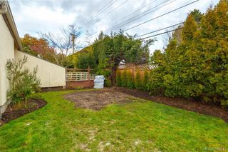 Photo 19: 22 4140 Interurban Road in VICTORIA: SW Strawberry Vale Townhouse for sale (Saanich West)  : MLS®# 388613