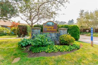 Photo 20: 22 4140 Interurban Road in VICTORIA: SW Strawberry Vale Townhouse for sale (Saanich West)  : MLS®# 388613
