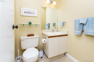 Photo 12: 22 4140 Interurban Road in VICTORIA: SW Strawberry Vale Townhouse for sale (Saanich West)  : MLS®# 388613