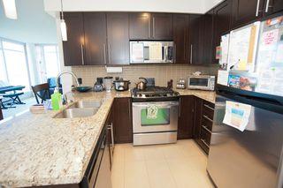 Photo 2: 801 1075 Sunset Drive in Kelowna: Kelowna North Multi-family for sale (Central Okanagan)  : MLS®# 10148045