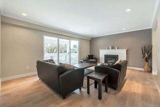 Photo 2: 11931 WICKLOW WAY in Maple Ridge: West Central House for sale : MLS®# R2251182