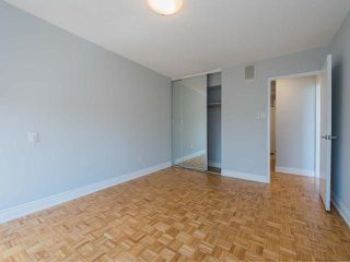 Photo 15: 608 22 Shallmar Boulevard in Toronto: Forest Hill North Condo for sale (Toronto C04)  : MLS®# C4137730