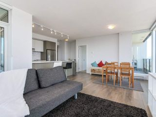 """Photo 9: 3802 6461 TELFORD Avenue in Burnaby: Metrotown Condo for sale in """"METROPLACE"""" (Burnaby South)  : MLS®# R2275122"""