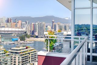 "Photo 8: 2503 1775 QUEBEC Street in Vancouver: Mount Pleasant VE Condo for sale in ""OPSAL"" (Vancouver East)  : MLS®# R2281959"