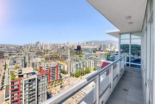 "Photo 7: 2503 1775 QUEBEC Street in Vancouver: Mount Pleasant VE Condo for sale in ""OPSAL"" (Vancouver East)  : MLS®# R2281959"