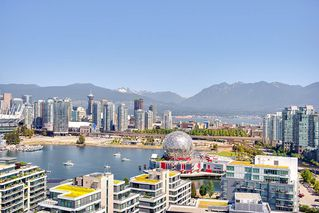 "Photo 5: 2503 1775 QUEBEC Street in Vancouver: Mount Pleasant VE Condo for sale in ""OPSAL"" (Vancouver East)  : MLS®# R2281959"