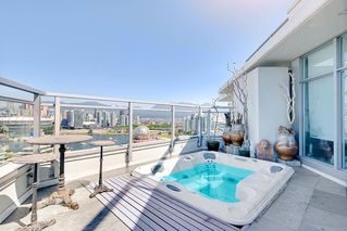 "Photo 2: 2503 1775 QUEBEC Street in Vancouver: Mount Pleasant VE Condo for sale in ""OPSAL"" (Vancouver East)  : MLS®# R2281959"