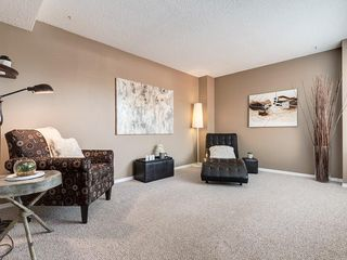 Photo 7: 1 3620 51 Street SW in Calgary: Glenbrook Row/Townhouse for sale : MLS®# C4198558