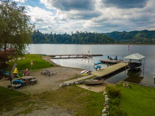 """Photo 62: 9677 SILVERGLEN Drive in Mission: Mission-West House for sale in """"Silvermere Lake"""" : MLS®# R2300703"""