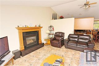Photo 3: 55 Sterling Avenue in Winnipeg: Meadowood Residential for sale (2E)  : MLS®# 1826870