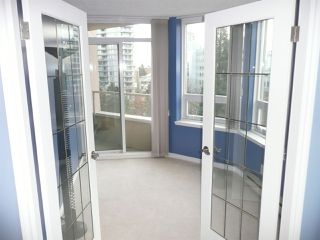 """Photo 7: 904 6070 MCMURRAY Avenue in Burnaby: Forest Glen BS Condo for sale in """"LA MIRAGE I"""" (Burnaby South)  : MLS®# R2326428"""