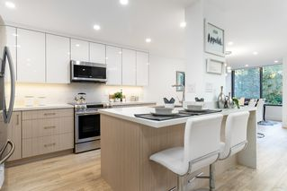 Photo 8: 209 4101 YEW Street in Vancouver: Quilchena Condo for sale (Vancouver West)  : MLS®# R2327103