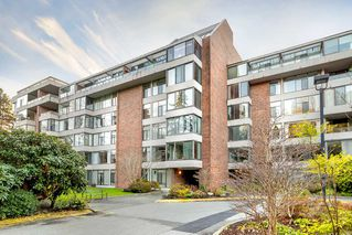 Photo 1: 209 4101 YEW Street in Vancouver: Quilchena Condo for sale (Vancouver West)  : MLS®# R2327103