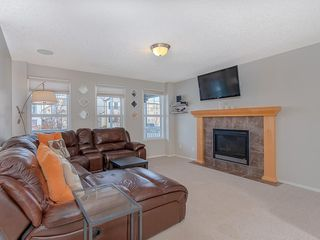 Photo 2: 649 EVERMEADOW Road SW in Calgary: Evergreen Detached for sale : MLS®# C4219450