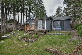 Photo 3: 33504 CHERRY Avenue in Mission: Mission BC House for sale : MLS®# R2331225