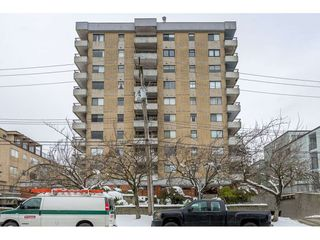 Main Photo: 205 209 CARNARVON Street in New Westminster: Downtown NW Condo for sale : MLS®# R2340798