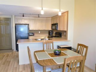 Photo 2: 324 6220 134 Avenue in Edmonton: Zone 02 Condo for sale : MLS®# E4146001