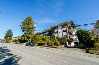 "Photo 18: 202 1330 MARTIN Street: White Rock Condo for sale in ""The Coach House"" (South Surrey White Rock)  : MLS®# R2349027"